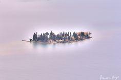 In the violet alone by Francesco Stingi on 500px