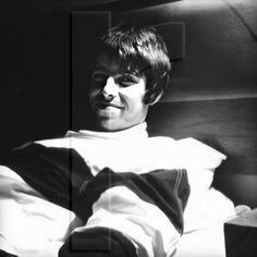 Liam Gallagher Noel Gallagher, Liam Oasis, Black N White, Blur, Rolling Stones, Pretty People, Irish, Legends, Bands