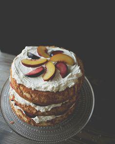 Sponge Cake with Stone Fruit | The Kitchy Kitchen