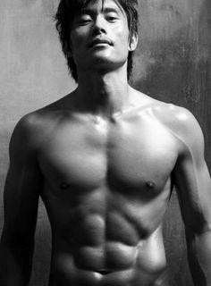 abs of steel :: Lee Byung Hun