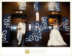 INTERCONTINENTAL HOTEL TAMPA, Florida, bride, groom, white tuxedo, white dress, wedding dress, wedding venue, art, veil, modern wedding, wedding photography, Limelight Photography, www.stepintothelimelight.com