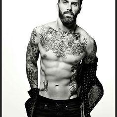 @levistocke  @sophyholland #beardbad