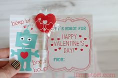 Printable Robot Valentine's Day Cards submitted to InspirationDIY.com