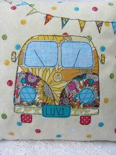 Idea to make for Sizester but more originally embroidered 'campervan kindle paperwhite' Freehand Machine Embroidery, Free Motion Embroidery, Embroidery Applique, Fabric Cards, Fabric Postcards, Applique Cushions, Sewing Pillows, Sewing Crafts, Sewing Projects