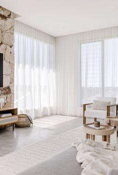 Living Room Inspo, House Styles, Beach House Interior, Home And Living, Cozy House, Home Living Room, Interiors Dream, Rooms Home Decor, House Interior