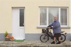 10.000 sociale woningen staan leeg, 70.000 mensen op wachtlijst  Er stonden nog nooit zoveel sociale huurwoningen leeg als nu en het aantal blijft maar stijgen. Sinds 2011 kwamen er ieder jaar ongeveer vijfhonderd leegst...
