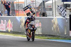 Viu victorious in Jerez Race 1 - http://superbike-news.co.uk/wordpress/Motorcycle-News/viu-victorious-in-jerez-race-1/