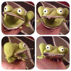 Ravelry: Lkm0's Frog purse