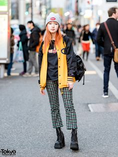 Red-haired Japanese model on the street in Harajuku wearing UNIF, X-Girl, Supreme, Harley, and Cecil McBee. Japanese Street Fashion, Tokyo Fashion, Harajuku Fashion, Korean Fashion, Harajuku Style, Hype Clothing, Vintage Red Dress, Japanese Streetwear, Harajuku Girls