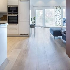 Parkett 1-stav Eik Grefstadvika, ekstra bred Tile Floor, Flooring, Houses, Modern, Kitchens, Lily, Homes, Wood Flooring, Floor