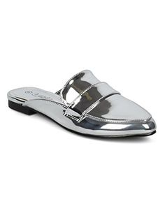 34d38a9284e33 18 Best Favorite shoes images in 2019 | Slip on, Dress Shoes ...