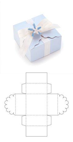 Diy Geschenk Basteln – Cajita para recuerdo de bautizo - Gifts For Teens Paper Gift Box, Paper Gifts, Diy Paper Box, Handmade Paper Boxes, Paper Folding, Gift Boxes, Paper Art, Packaging Carton, Gift Packaging