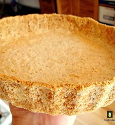How to make shortcrust pastry... the easy way! Simple ingredients and simple instructions to help you make a wonderful sweet or savory pastry. Lemon Desserts, Just Desserts, Delicious Desserts, Yummy Food, Savory Pastry, Shortcrust Pastry, Tart Pastry, Pie Dessert, Dessert Recipes