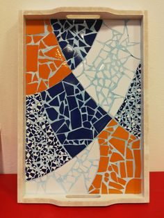 Mosaic Tray, Mosaic Tile Art, Mosaic Artwork, Mosaic Glass, Glass Art, Mosaic Art Projects, Mosaic Crafts, Mosaic Furniture, Mosaic Garden Art