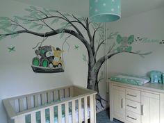 Babykamer muurschildering me to you beertjes groen en grijs