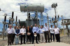 """Inauguran una obra que duplica la capacidad energética de Rawson http://www.ambitosur.com.ar/inauguran-una-obra-que-duplica-la-capacidad-energetica-de-rawson/ Se trata de la Estación Transformadora Rawson, que demandó una inversión conjunta entre la Provincia y la empresa Transpa, de un total de 17 millones de pesos. La obra """"nos garantiza en este horizonte de crecimiento un desarrollo duradero y que en los próximos 10 o 15 años no tengamos"""