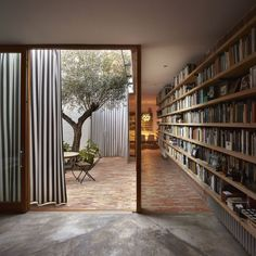 Design inspo: 10 stunning home libraries to inspire you to create one too - STYLE CURATOR - House With A Garden Home Design, Patio Design, Modern Design, Minimalist Design, Design Ideas, What Is Interior Design, Design Homes, Interior Concept, Design Art