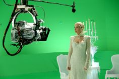 "Snow Queen - 4 * 11 ""Shattered Sight"" Behind The Scenes"