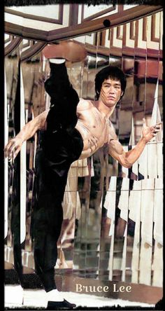 Bruce Lee Books, Bruce Lee Art, Bruce Lee Martial Arts, Bruce Lee Photos, Martial Arts Women, Easy Daily Workouts, Arnold Schwarzenegger Bodybuilding, Egyptian Movies, Beautiful Dark Art