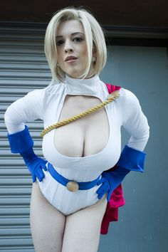 Character: Power Girl / From: DC Comics Power Girl Solo Series / Cosplayer: Larkin Love