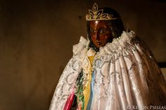 The Black Madonna, revered throughout Gypsy cultures, in Saint Maries de la Mer, France Fos Sur Mer, White Jesus, Gypsy Culture, Black Mother, Holy Mary, Happy House, Madonna And Child, Black Image, Rhone