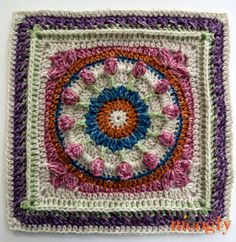 Moogly CAL Afghan Block Wishing Well Square by Dedri Uys of Look at What I Made - free crochet pattern. Moogly Crochet, Grannies Crochet, Crochet Squares Afghan, Crochet Square Patterns, Quick Crochet, Crochet Blocks, Crochet Motif, Crochet Stitches, Granny Squares