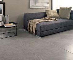 salon avec carrelage gris mur gris