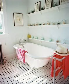 I think I am obsessed with wanting a house to put a claw foot tub in!