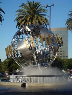Get to Universal Studios (and the rest of Orlando) without renting a car! #Orlando #Travel #Transportation