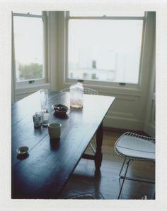 Love the simplicity-- wood table, bare walls. annaelsaa:  (by heidihi)