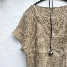 Ravelry: Hør no 2 pattern by Lone Kjeldsen Ravelry, Poncho Tops, Summer Knitting, Warm Outfits, Knitting Stitches, Crochet Clothes, Knitwear, Knitting Patterns, Knit Crochet