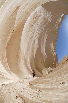 W = The White Desert, Farafra, Egypt
