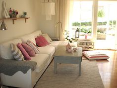 Vit och Pastell: New & Fresh! (NOTE: Ikea KIVIK sectional) Ikea Sectional, New Homes, Layout, Amp, Couch, Note, Fresh, Living Room, Inspiration