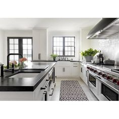 Uplifting Kitchen Remodeling Choosing Your New Kitchen Cabinets Ideas. Delightful Kitchen Remodeling Choosing Your New Kitchen Cabinets Ideas. Home Decor Kitchen, New Kitchen, Kitchen Dining, Kitchen Ideas, Long Kitchen, Narrow Kitchen, Family Kitchen, Dining Decor, Kitchen Flooring
