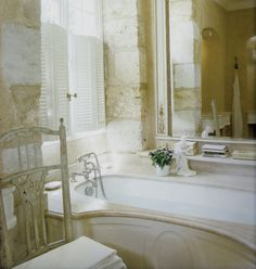 linenandlavender.net: Hotel Feature - Le Chaufourg