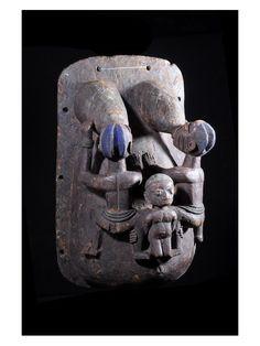 Body mask from the Yoruba people of Benin Yoruba People, Afrique Art, Body Mask, African Sculptures, Art Premier, Art Africain, Soul Art, Masks Art, Arte Popular