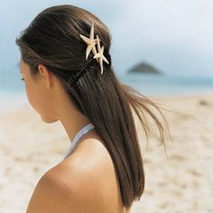 Beautiful beach wedding hairstyle!