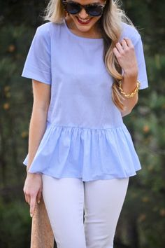 A lilac hued peplum top! Plaid Fashion, Fashion Outfits, Fashion Tips, Spring Summer Fashion, Spring Outfits, Casual Chic Summer, Casual Outfits, Cute Outfits, Work Attire