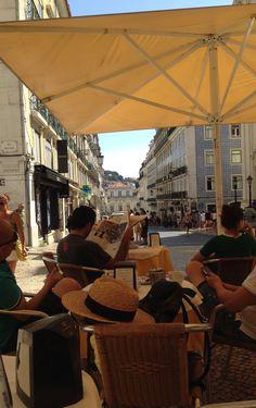 Rua Garret Lisboa.