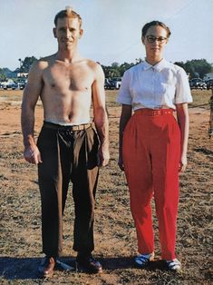 A beautifully presented book documenting the lives of Americans such as this quirky couple by Guy Stricherz. Reportage Photography, Large Format, Parachute Pants, Guys, American, Couples, Books, How To Wear, Jackets
