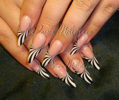 Black and white nail art Elegant Nail Designs, Long Nail Designs, Elegant Nails, Nail Art Designs, Fabulous Nails, Gorgeous Nails, Pretty Nails, Black And White Nail Designs, Black And White Nail Art