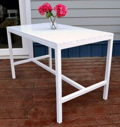 I want to make this!  DIY Furniture Plan from Ana-White.com  A simple, inexpensive outdoor table with modern styling that you can build in an afternoon. Seats four and features a slatted top and bottom stretcher.