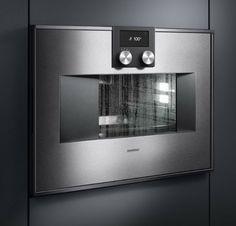 The Gaggenau steam oven is about as sophisticated as you can get — perfect for the discerning cook. #SarahBlank #Greenwich #LuxuryKitchens #Greenwichinteriordesign #Gaggenau #steamoven #NYCinteriordesign