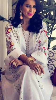 Ramadan Summery Fashion by Abaya Fashion, Muslim Fashion, Indian Fashion, Fashion Outfits, Womens Fashion, Indian Attire, African Attire, African Dress, Kaftan Gown