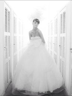 Vestido de noiva tomara que caia em tule R. Rosner para Baaz Atelier.
