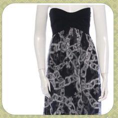 Diane von Furstenberg Silk Dress 100% Silk DVF dress for sale. It is in flawless condition! Make an offer Diane von Furstenberg Dresses Strapless