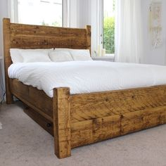 Luxury Moss Double & King Size Reclaimed Wood Bed (image 1)