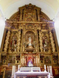 Iglesia de Santo Tomas Cantuariense. Retablo mayor. Siglo XVII. Para su realización todos los vecinos hipotecaron parte de sus bienes.