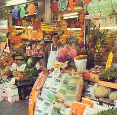 8 - 62 L 19 S David Shum outside his fruit and veg shop, Caversham Valley, Dunedin, 1983