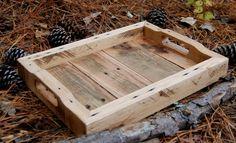 Plateau de petit service de bois par LooneyBinTradingCo sur Etsy